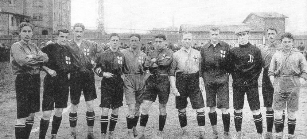 Die Meistermannschaft des Freiburger FC aus dem Jahr 1907
